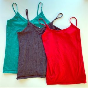 SET OF 3 FOREVER 21 CAMI TOPS | SIZE LARGE